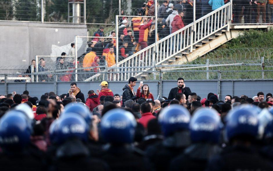 Derbi maç toplumsal muhalefete yönelik saldırıları arttırmanın bir aracı olarak kullanılıyor